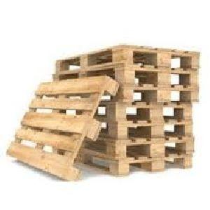 Wooden Palles 05