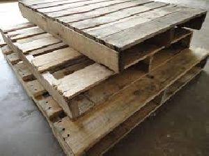 Wooden Palles 06