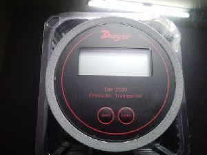 DWYER Differential Pressure Transmitter Series DM-2000