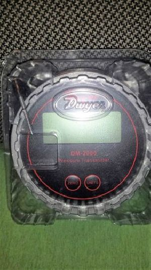 Dwyer DM-2002-LCD Differential Pressure Transmitter