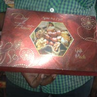 Dry Fruits Boxes 04