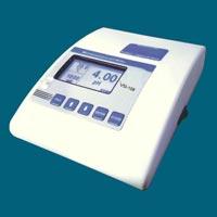 Microprocessor pH Meter (VSI-108)