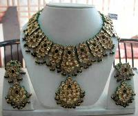 Kundan Necklace Set 09