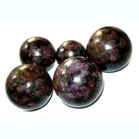 Garnet Matrix Stone Spheres