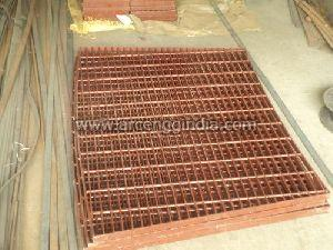 Red Oxide Coated Gratings