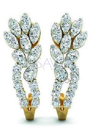 4(1) Diamond Earring