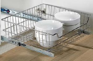 Internal Pot-and-pan Drawers