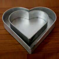 Aluminium Heart Shape Cake Moulds