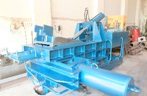 Triple Action Hydraulic Scrap Baling Press
