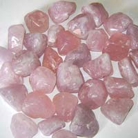 Red Quartz Polished Deco Chips