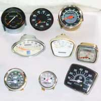 Vintage Two Wheelers (Vespa, Lambretta, Puch, Enfield) Speedometers