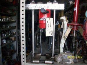 Hydraulic Puller Separator