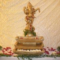 Wedding Foyer Statues - 04