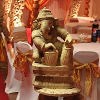 Wedding Foyer Statues - 05