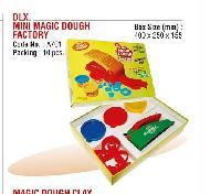 DLX. Mini Magic Dough Factory