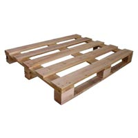 4 Way Wooden Pallets 01