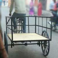 Rear Loding Rickshaw