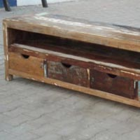 Recycled Wood Media Unit