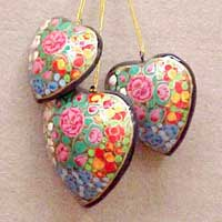 Christmas Tree Hanging Hearts