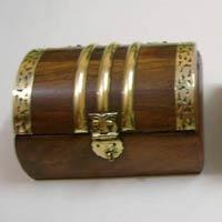 Horn and Bone Box (JB-52)