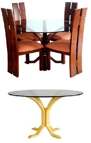 Bentwood Dining Table Set 01
