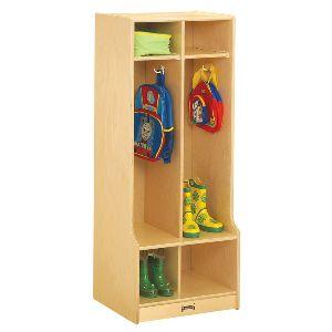 School Shelves and Locker 02