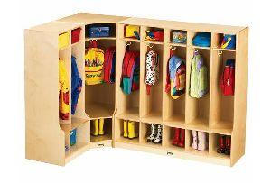 School Shelves and Locker 03