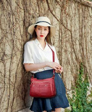 BHTI003 Ladies Designer Handbags 07