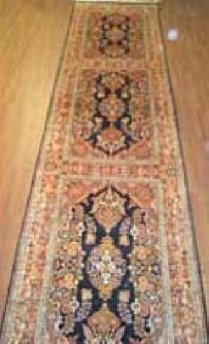 Kashmiri Handmade Single Knotted Carpets