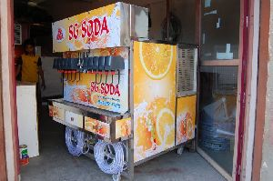 10+3 Soda Fountain Machine