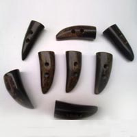 Buffalo Horn Button 05