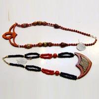 Horn & Bone Necklace 02