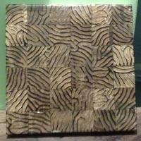 Horn & Bone Tile 08