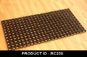 RC220 Rubberized Doormats