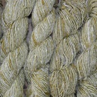 Banana Silk Yarn 02