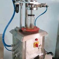 Semi Automatic Pneumatic Lug Capping Machine