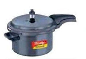20351 Prestige Deluxe Pressure Cooker