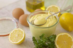 Mayonnaise Sauce 02