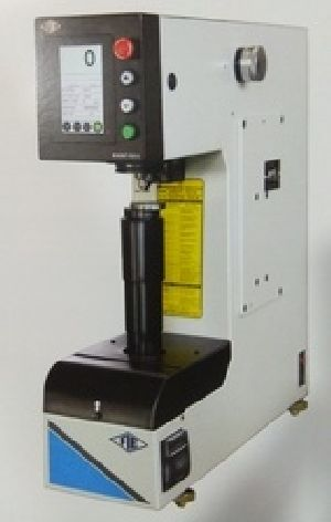 Rockwell Hardness Testing Machine 06