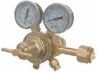 double stage gas pressure regulator