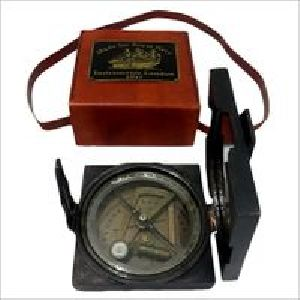 ANTIQUE ENGRAVED FLAT COMPASS WITH LEATHER BOX