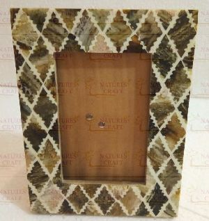 NC-FR-105 Resin Photo Frame  .