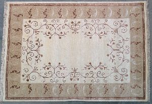 Hand Tufted Rug 22