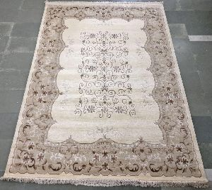 Hand Tufted Rug 23