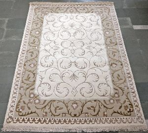 Hand Tufted Rug 25