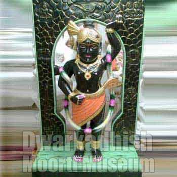Black Marble Krishna Statue 01