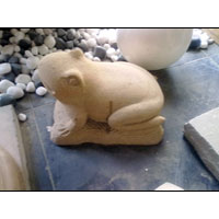 Marble Frog Statue