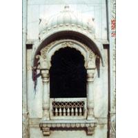 Marble Jharokha (02)