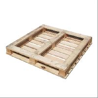 Four Way Wood Pallets