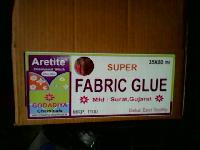 Fabric Glue 04